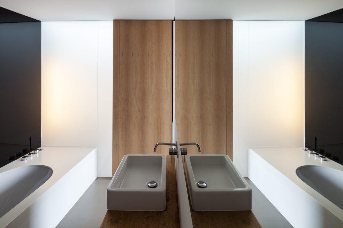 Abeel House By Steven Vandenborre & Mias Architects