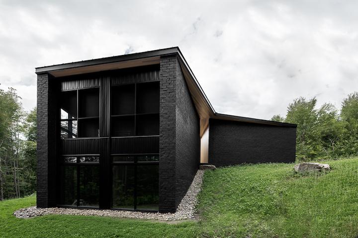 Screen House by Alain Carle