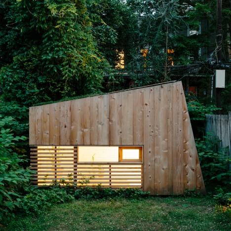 """Dream of working from your own backyard in New York"" fuels Brooklyn garden studio trend"