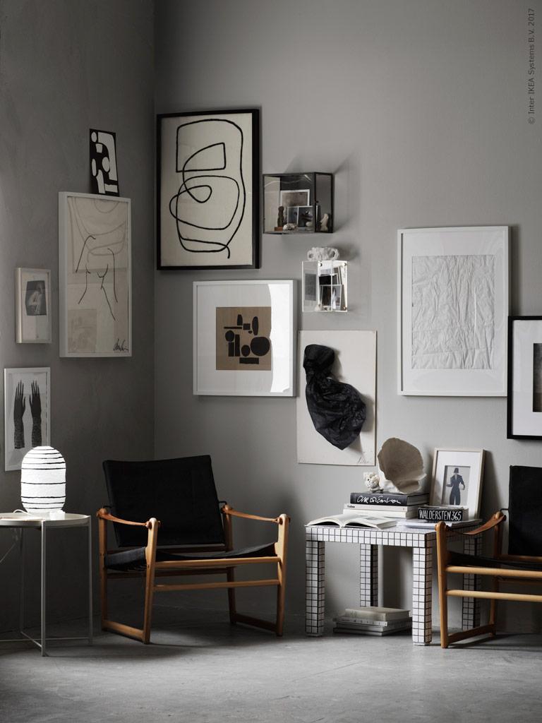 A gallery corner