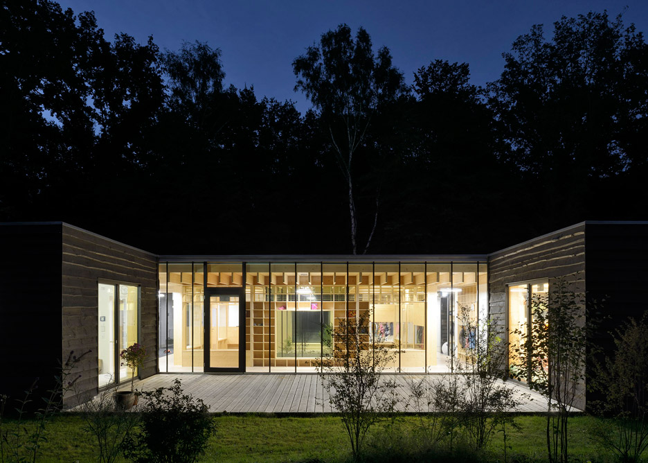 Kraus Schoenberg's Hamburg nursery opens up to its forested site on all sides