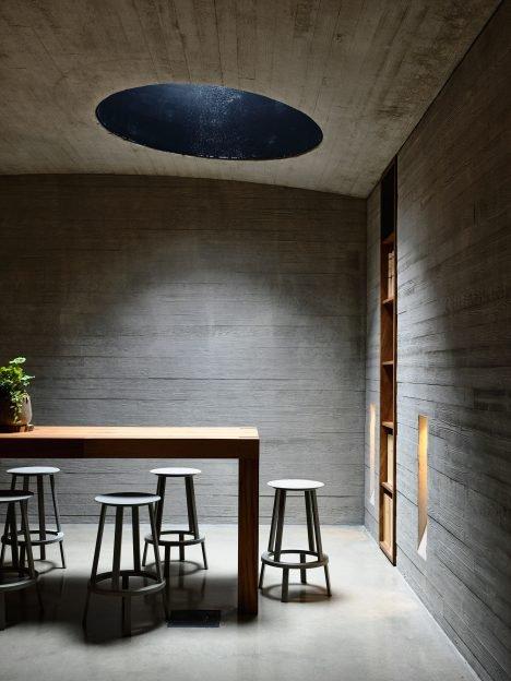 Kerstin Thompson adds intimate underground tasting room to Australian winery