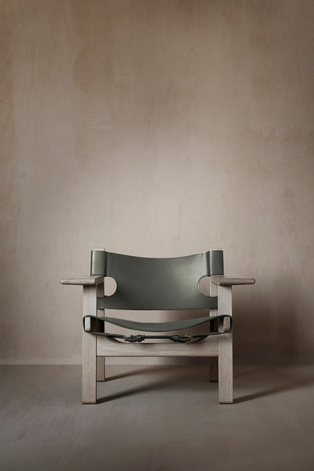 60 Years of the Spanish Chair
