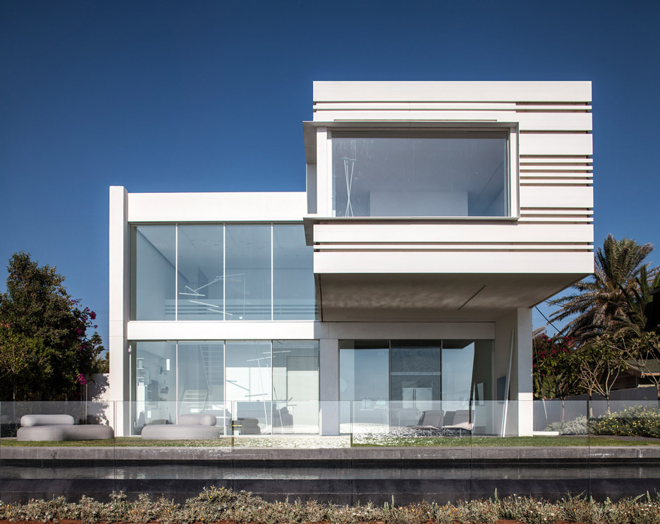Pitsou Kedem's House by the Sea features stripy aluminium walls and a cantilevered bedroom