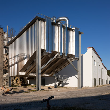 Souto de Moura and Correia reference industrial dust collectors with auditorium in Portalegre