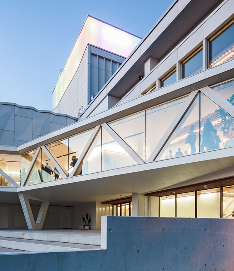 ALA's Kuopio City Theatre extension features a crinkled facade