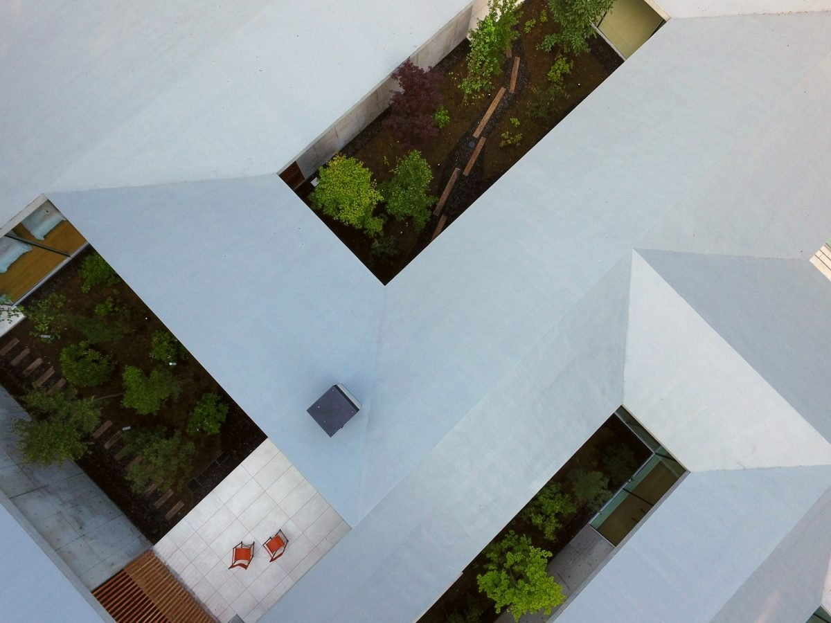 A Japanese House With Five Courtyards