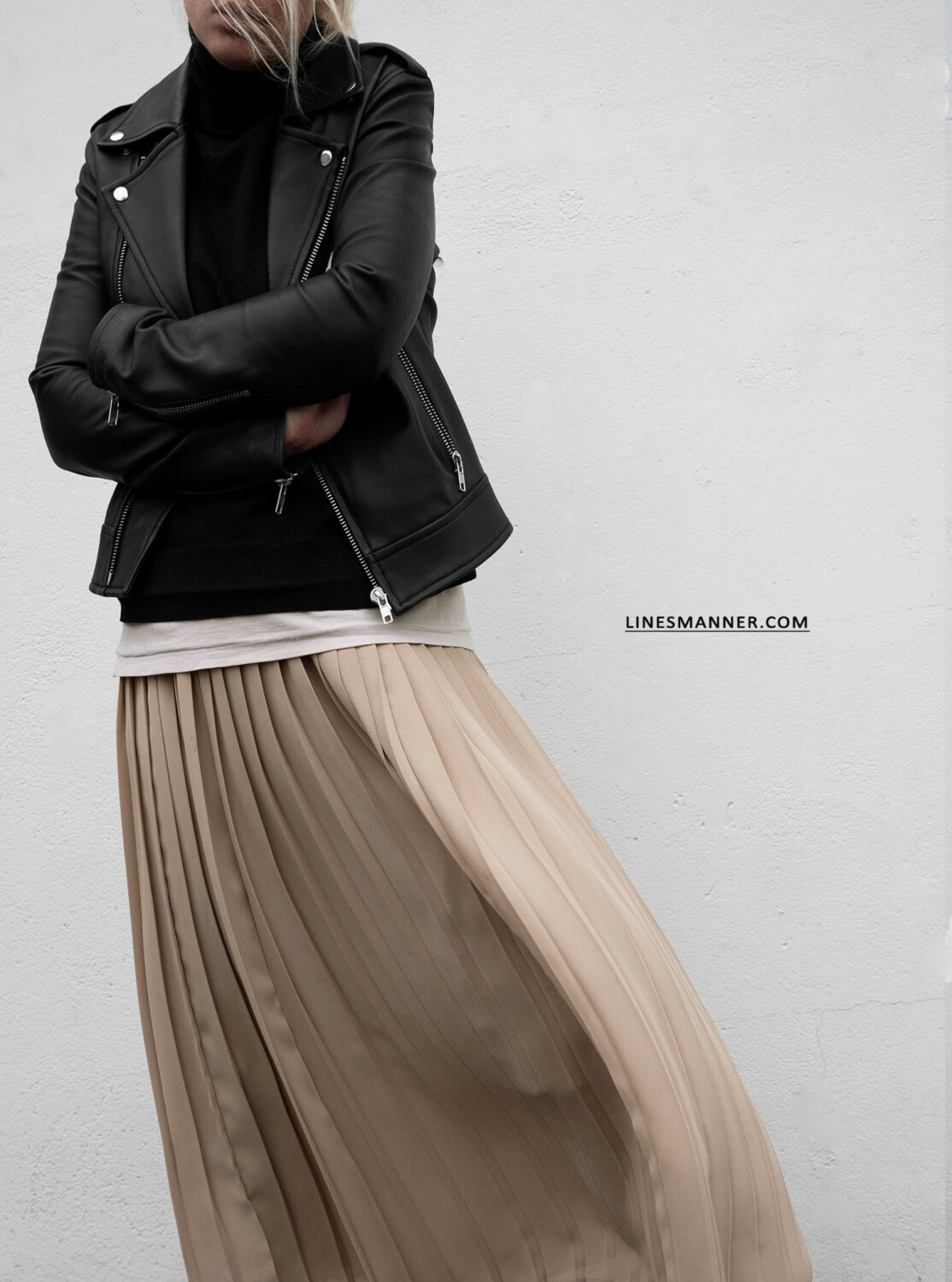 Pleated Knitted Leathered Layered