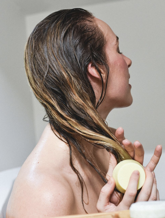 How to Wash Your Hair Sustainably