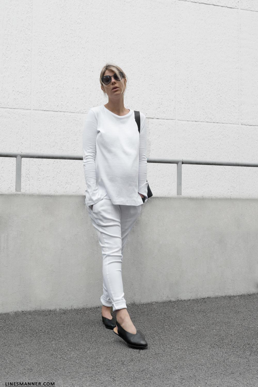 Slouchy Whites I Pregnancy Style