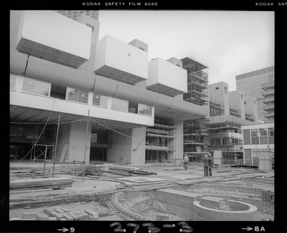 """""""Birth"""" of Brutalist Barbican Estate documented in Peter Bloomfield's construction photos"""