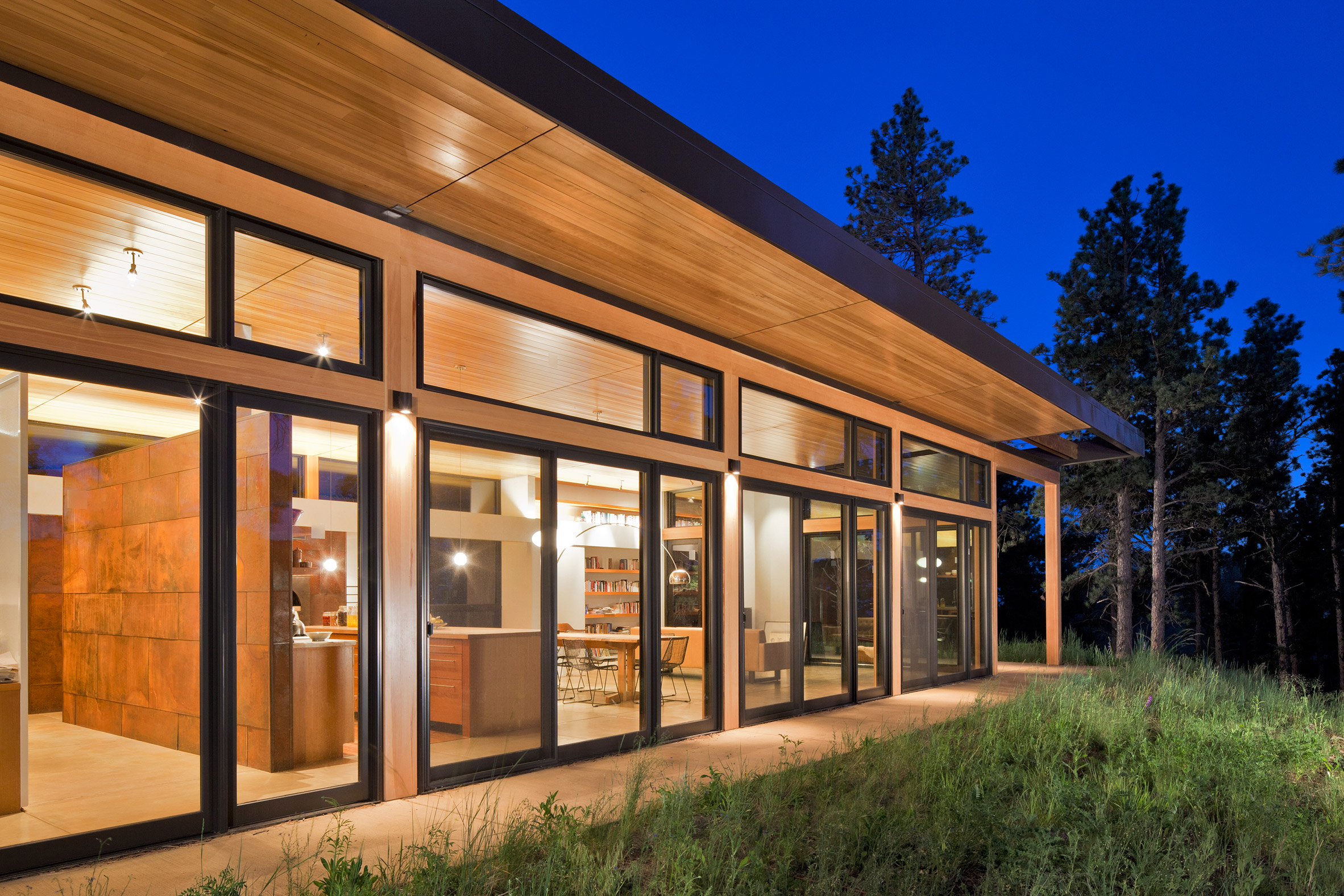 Dynia pairs wood with weathering steel for Colorado mountain residence