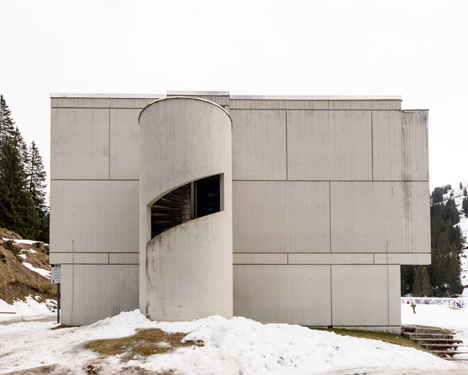 """Alastair Philip Wiper finds """"noble failure"""" at Breuer's Brutalist French ski resort of Flaine"""