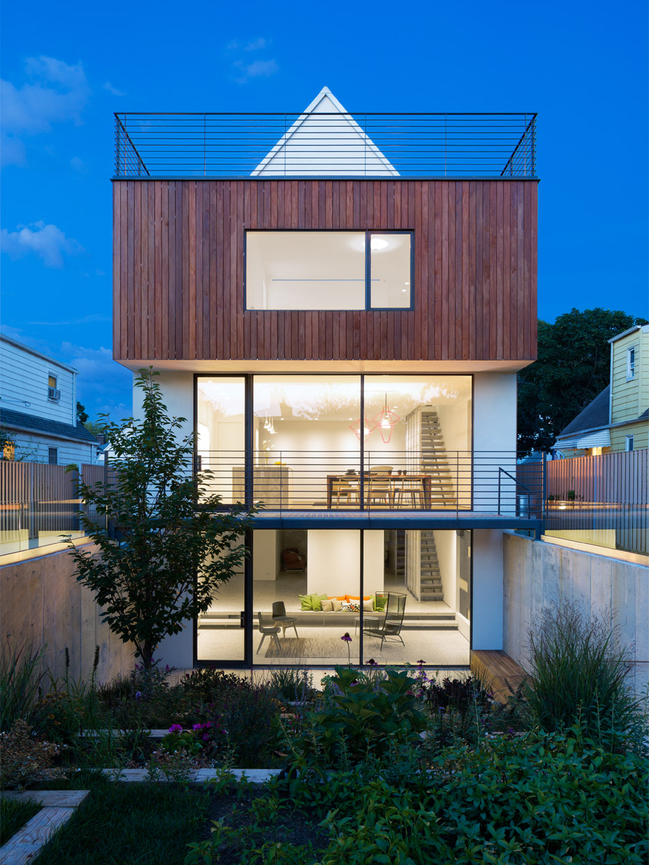 New York house by O'Neill Rose Architects hosts three generations under one roof