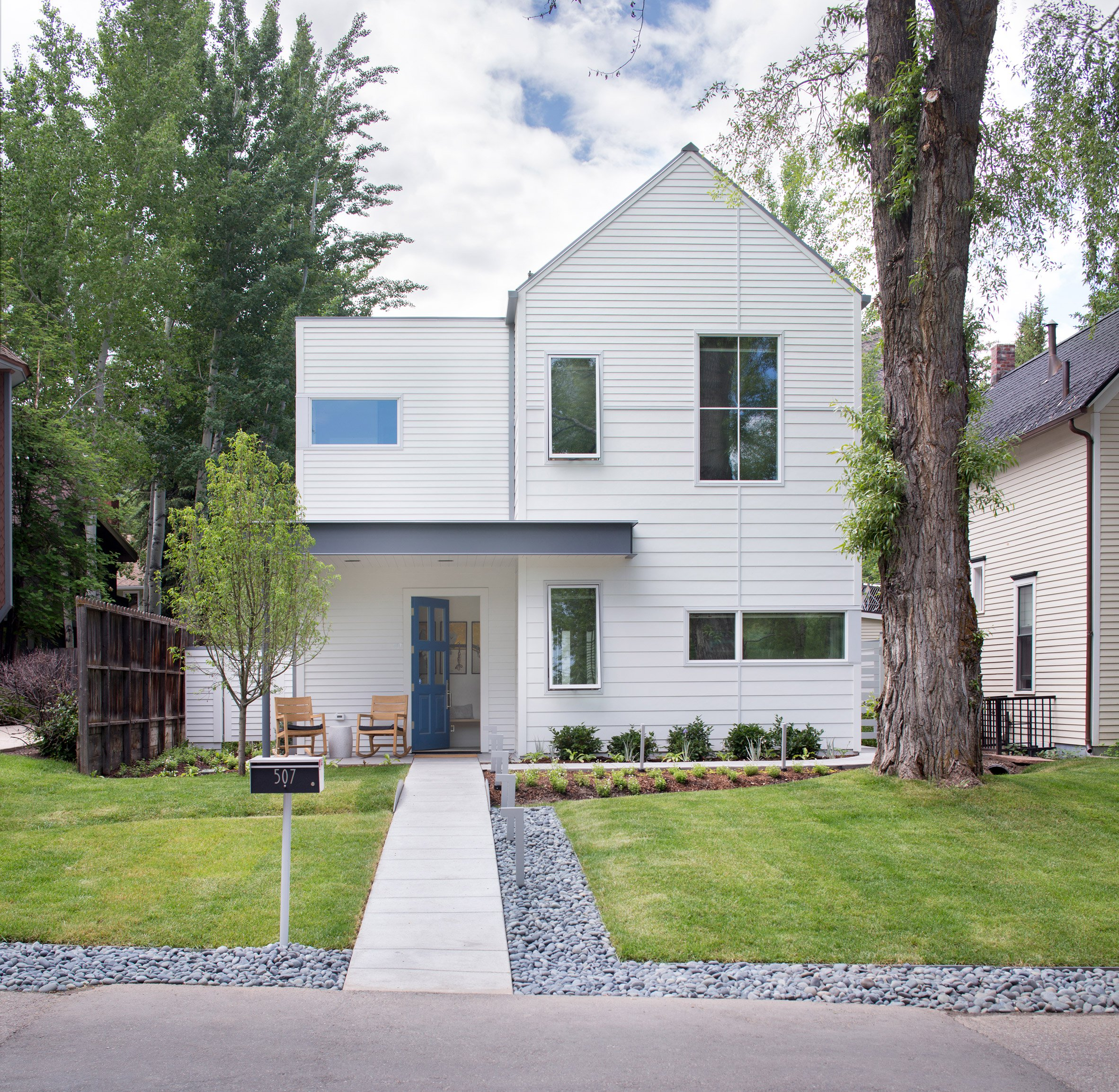 Game On home in Aspen by Rowland + Broughton takes cues from historic neighbours