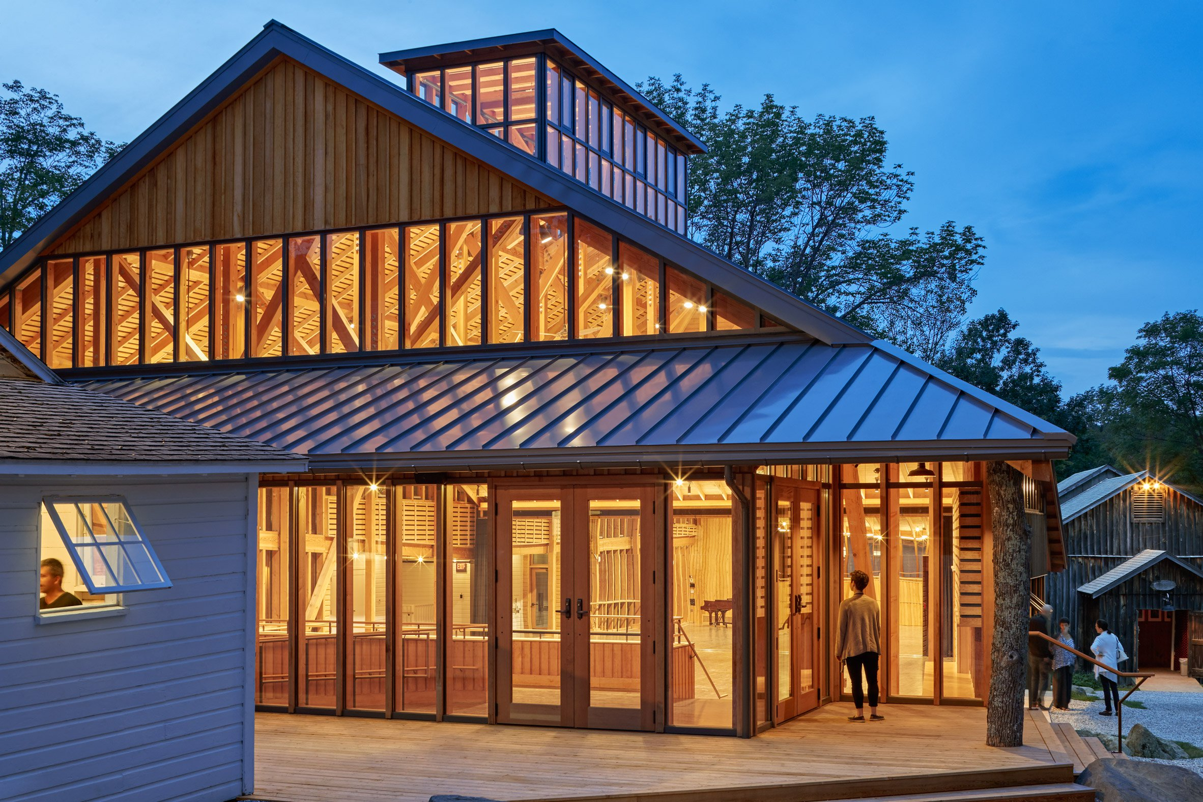 Flansburgh Architects takes cues from wooden barns for dance studio in the Berkshires