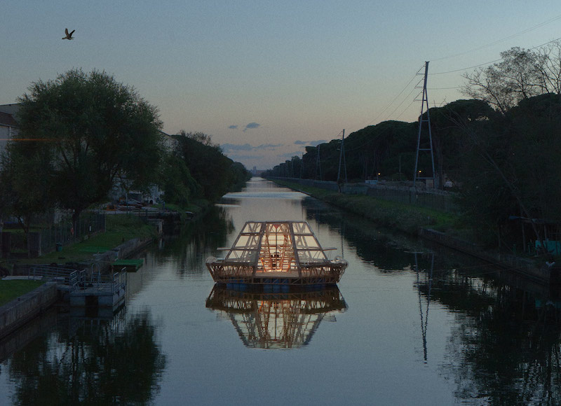 Floating Greenhouse by Studiomobile
