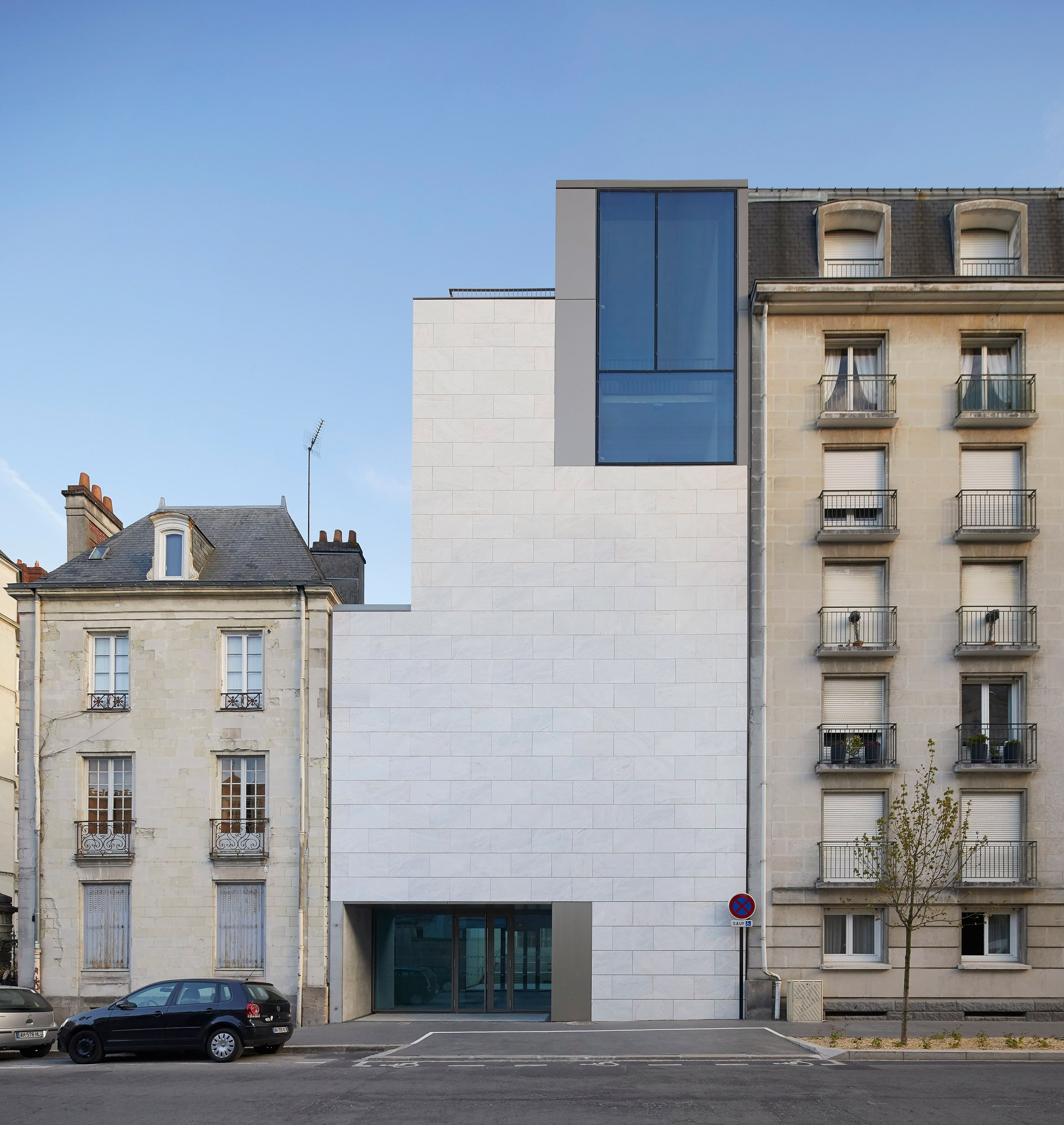 Stanton Williams completes renovation of Beaux-Arts museum in Nantes with stone and marble extension