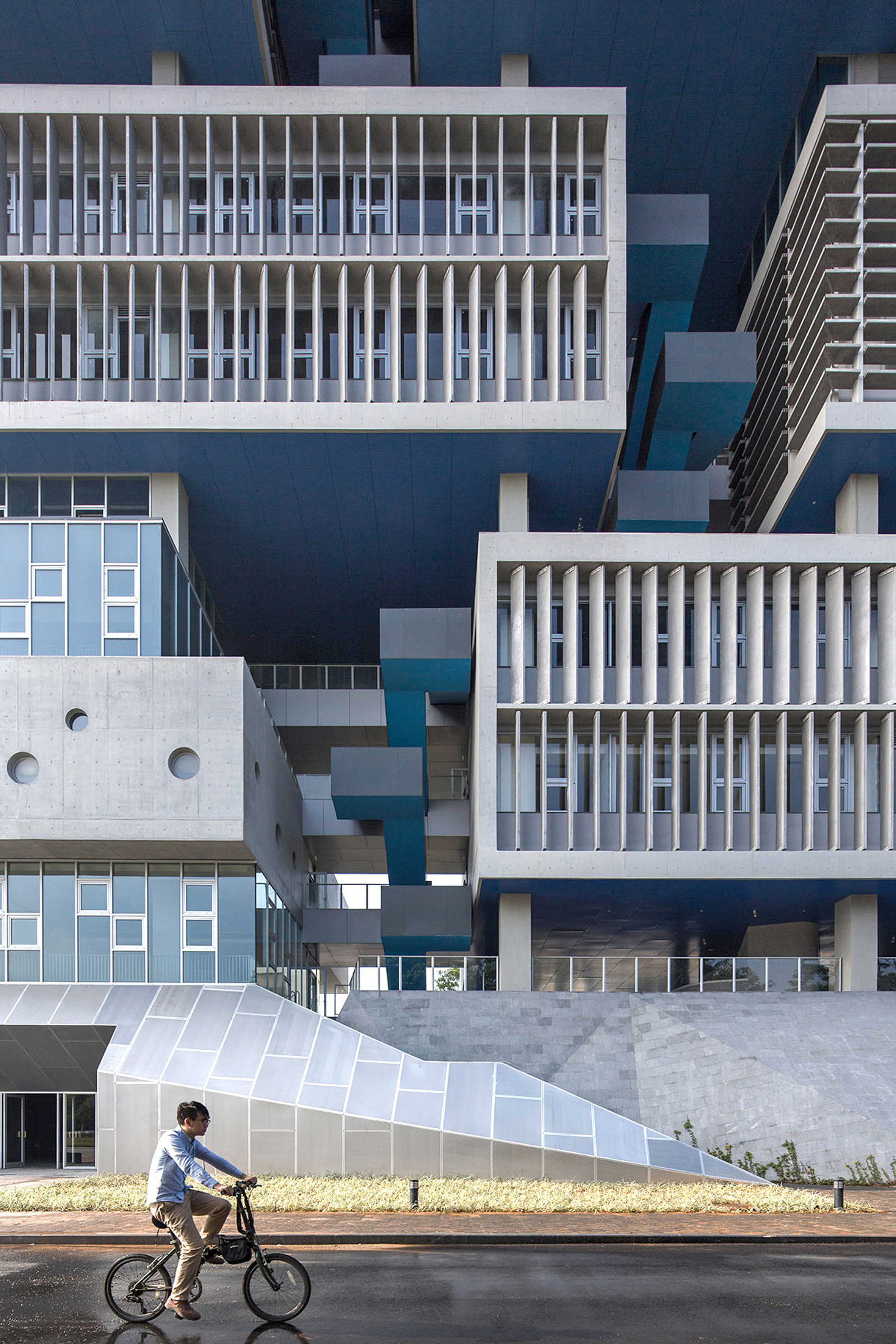 Blue-bottomed boxes form Open Architecture's ocean research centre in Shenzhen
