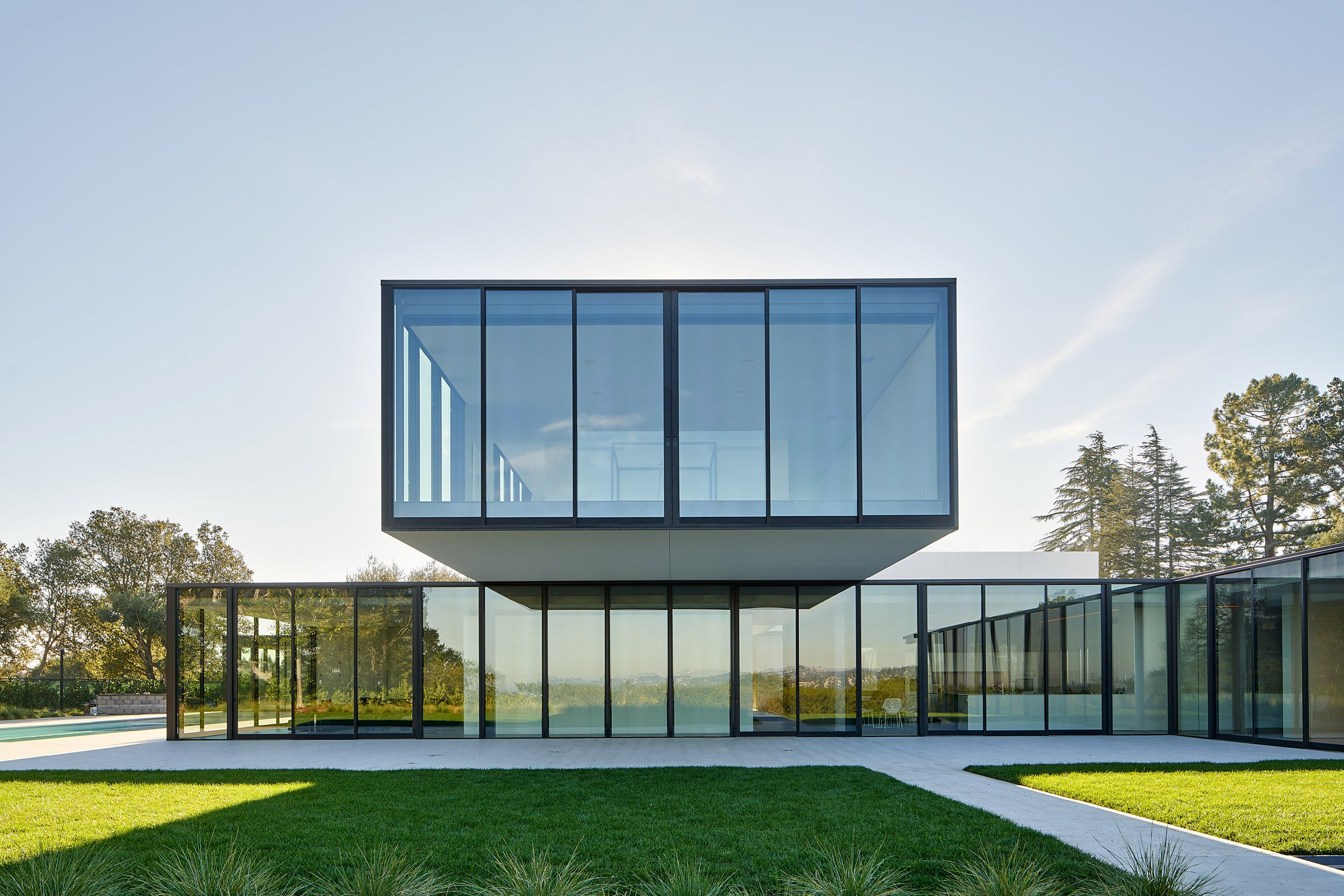 """Materials meet seamlessly """"like an iPhone"""" at northern California home by Natoma Architects"""