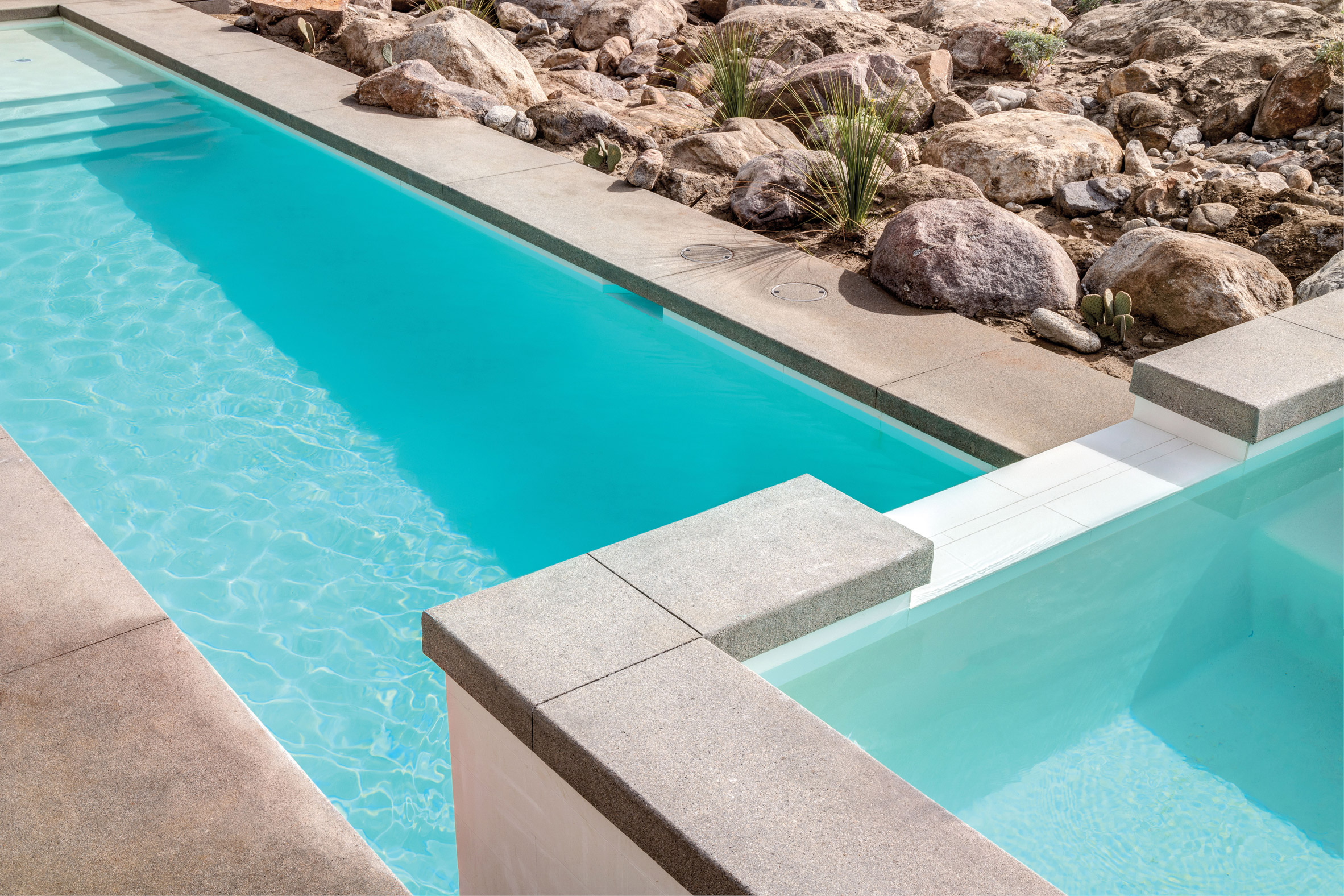 Modernist desert homes by o2 Architecture and Al Beadle complete in Palm Springs