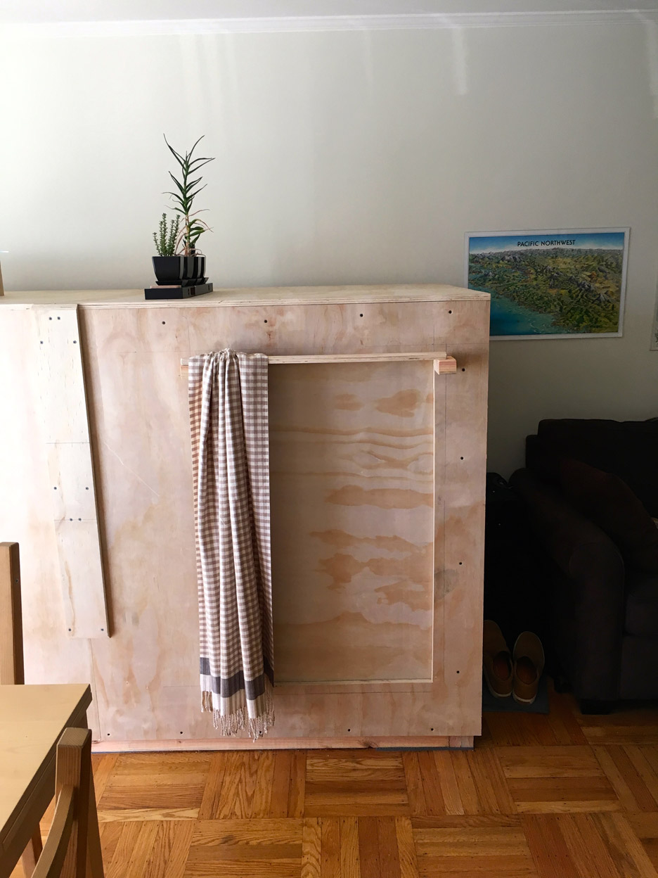 Peter Berkowitz builds sleeping pod in friend's apartment to escape San Francisco rents